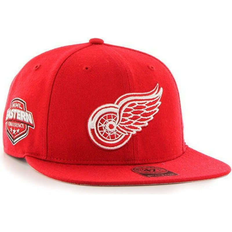 gorra-plana-roja-snapback-de-detroit-red-wings-nhl-captain-de-47-brand