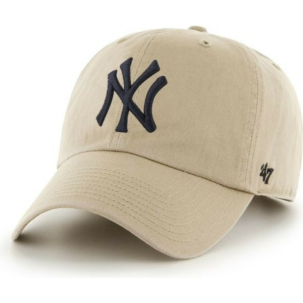 gorra-curva-beige-con-logo-negro-de-new-york-yankees-mlb-clean-up-de-47-brand