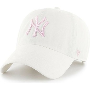 Gorra curva blanca con logo rosa de New York Yankees MLB Clean Up de 47 Brand