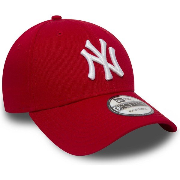 Gorra curva roja ajustable 9FORTY Essential de New York Yankees MLB ... 7cb2a6f1a7c