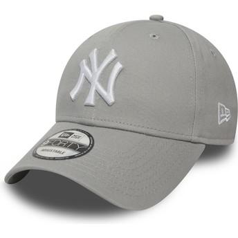 Gorra curva gris ajustable 9FORTY Essential de New York Yankees MLB de New Era