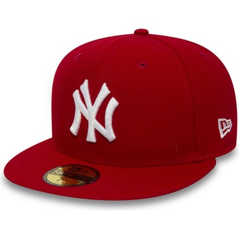 Gorra plana roja ajustada 59FIFTY Essential de New York Yankees MLB de New  Era e5585d01f45