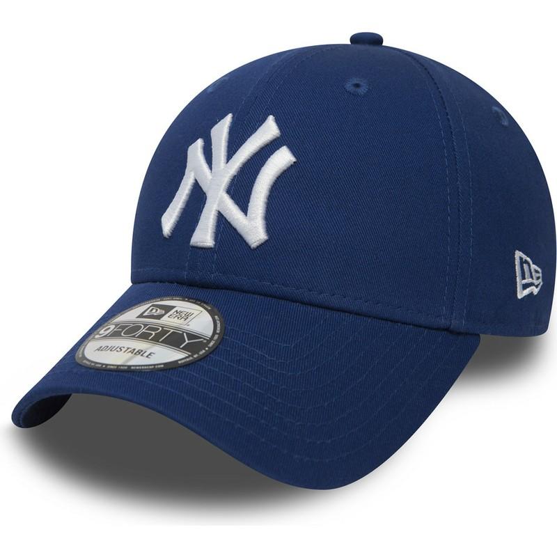 3e4bbe7b8eba0 Gorra curva azul ajustable 9FORTY Essential de New York Yankees MLB ...