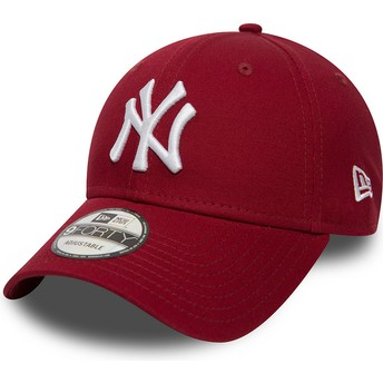 Gorra curva roja cardenal ajustable 9FORTY Essential de New York Yankees MLB de New Era