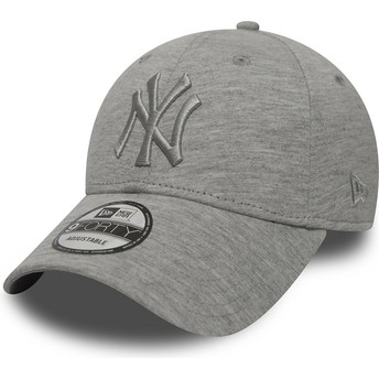 Gorra curva gris ajustable con logo gris de New York Yankees MLB 9FORTY Essential de New Era