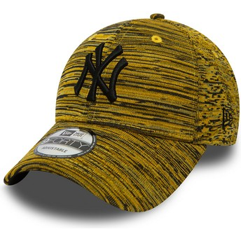 Gorra curva amarilla ajustable con logo negro de New York Yankees MLB 9FORTY Engineered Fit de New Era