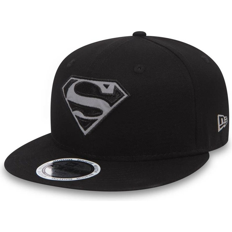 gorra-plana-negra-snapback-para-nino-9fifty-reflect-de-superman-warner-bros-de-new-era