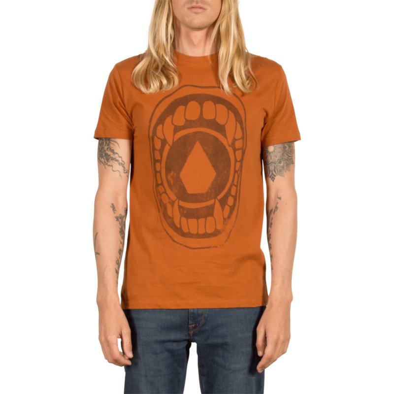 camiseta-manga-corta-marron-chew-copper-de-volcom