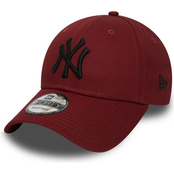 Gorra curva roja ajustable con logo negro 9FORTY Essential de New York Yankees MLB de New Era