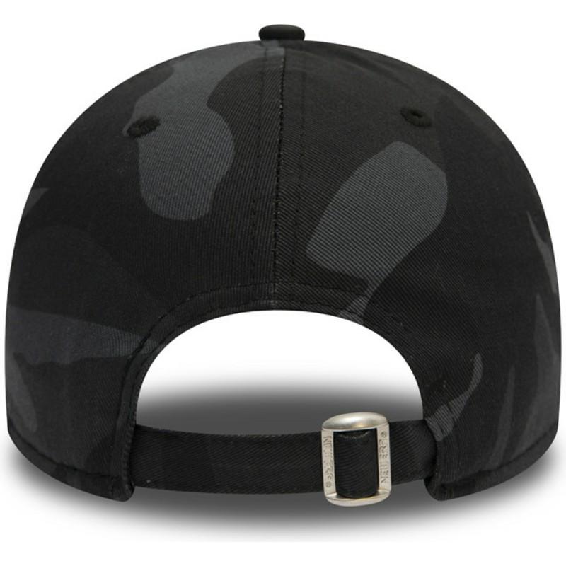 4d34d65083e00 Gorra curva camuflaje negro ajustable con logo negro 9FORTY ...