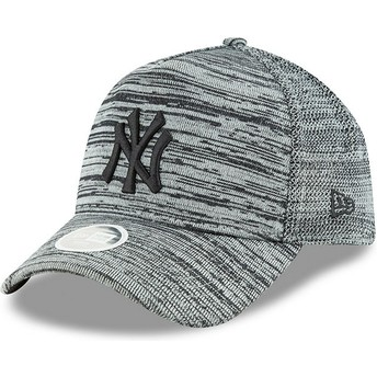 Gorra curva gris ajustable con logo negro 9FORTY Engineered Fit de New York  Yankees MLB de abc28a27a94