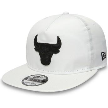 Gorra plana blanca snapback para niño 9FIFTY A Frame Premium Sport de Chicago Bulls NBA de New Era