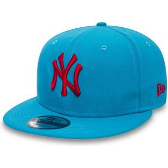 Gorra plana azul snapback con logo rojo 9FIFTY Essential League de New York Yankees MLB de New Era