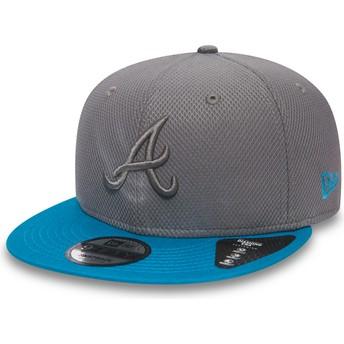 Gorra plana gris snapback con logo gris y visera azul 9FIFTY Essential Diamond Era de Atlanta Braves MLB de New Era