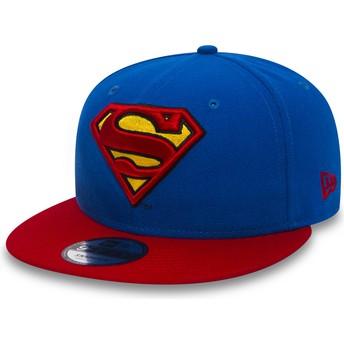 Gorra plana azul snapback con visera roja 9FIFTY Team de Superman Warner Bros de New Era