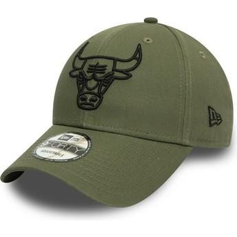 Gorra curva verde ajustable con logo negro 9FORTY League Essential de Chicago Bulls NBA de New Era