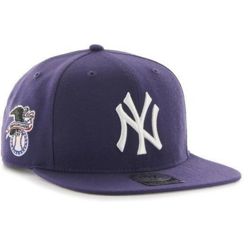 b1a754fc3d93f Gorra plana violeta snapback lisa con logo lateral de MLB New York ...