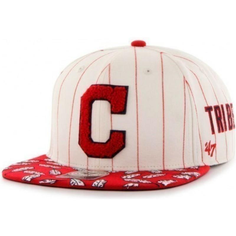 on sale 92f92 0115a ... MLB Cleveland Indians de 47 Brand. gorra -plana-crema-snapback-con-franjas-rojas-y-